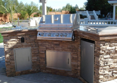 picture of stacked stone barbecue and counter in Yorba Linda, California