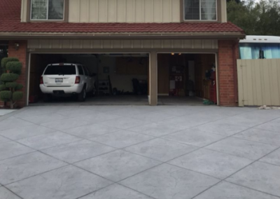 picture of a concrete driveway in Yorba Linda, California